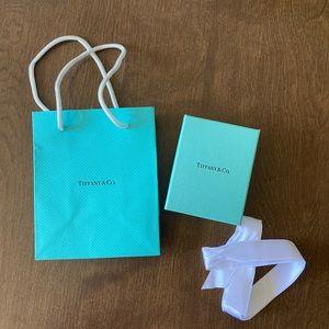 Tiffany & Co bag & box with padding/ribbon